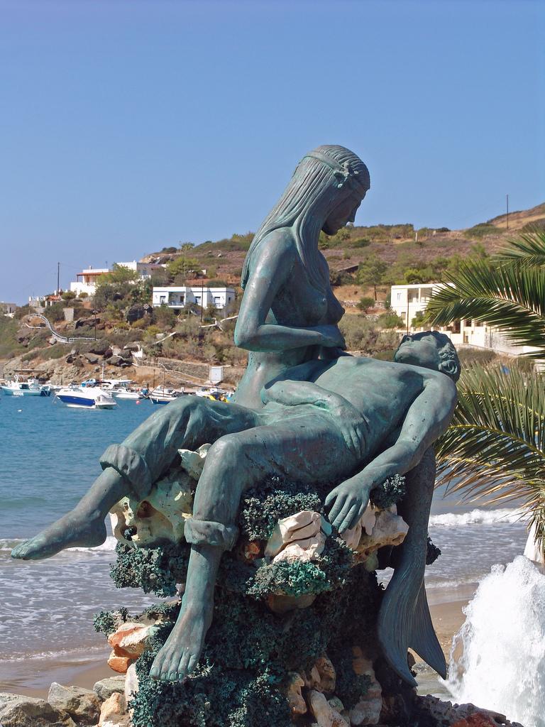 13-Syros