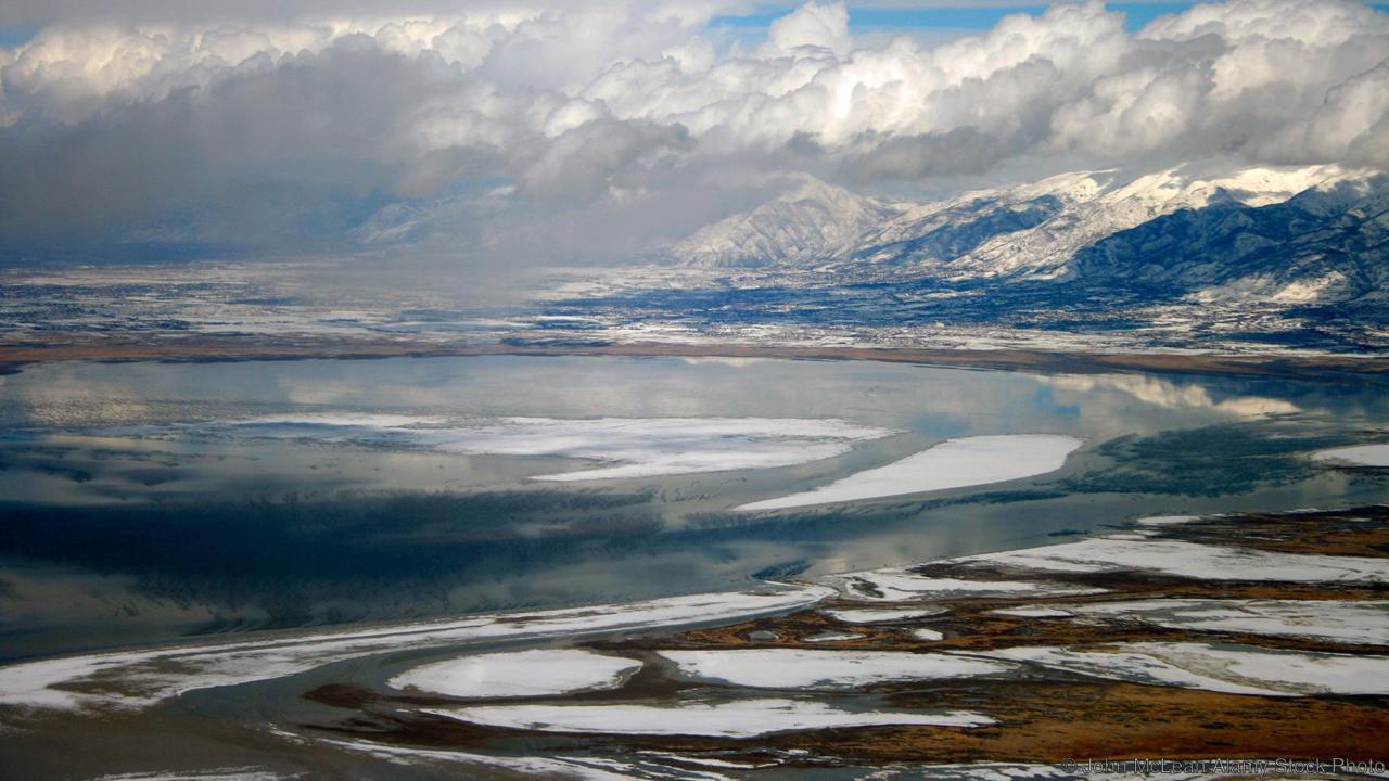 Голямото солено езеро в Юта. (Credit: John McLean/Alamy Stock Photo)